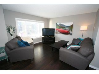 Photo 11: 225 SUNSET Common: Cochrane Residential Attached for sale : MLS®# C3590396