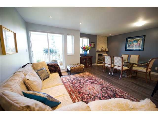Photo 2: Photos: # 11 1949 W 8TH AV in Vancouver: Kitsilano Condo for sale (Vancouver West)  : MLS®# V1077234
