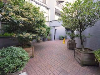"""Photo 23: 707 1270 ROBSON Street in Vancouver: West End VW Condo for sale in """"Robson Gardens"""" (Vancouver West)  : MLS®# R2603912"""