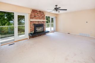 """Photo 11: 7683 GARFIELD Drive in Delta: Nordel House for sale in """"Royal York"""" (N. Delta)  : MLS®# R2477858"""