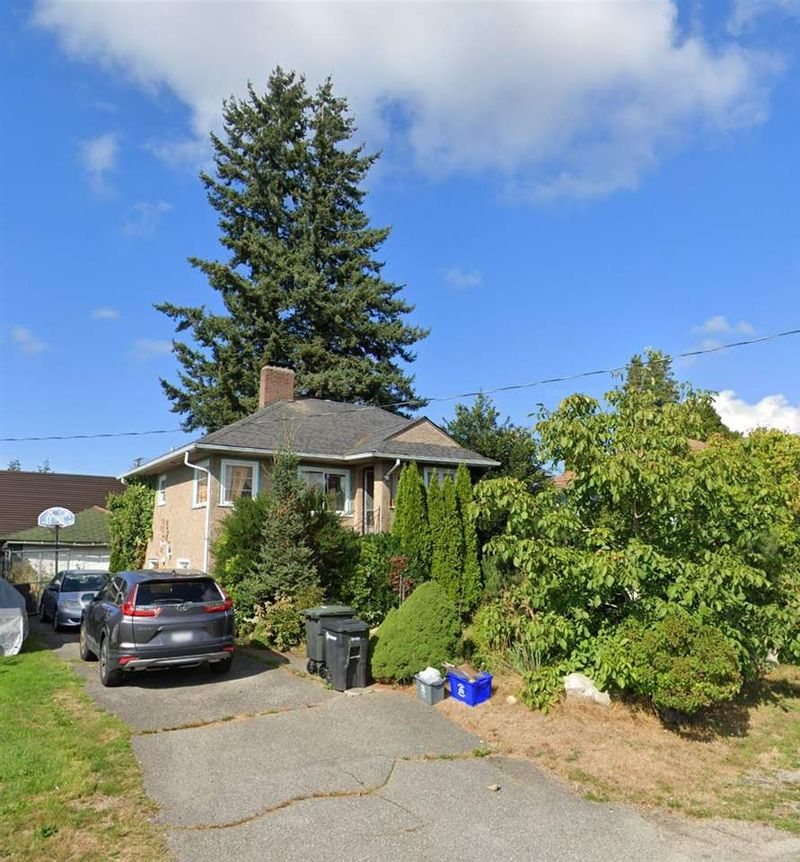 FEATURED LISTING: 7275 RANDOLPH Avenue Burnaby