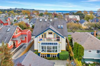 Photo 1: 4 76 moss St in : Vi Fairfield West Row/Townhouse for sale (Victoria)  : MLS®# 859280