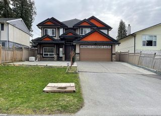 Photo 1: 11720 98A Avenue in Surrey: Royal Heights House for sale (North Surrey)  : MLS®# R2544655