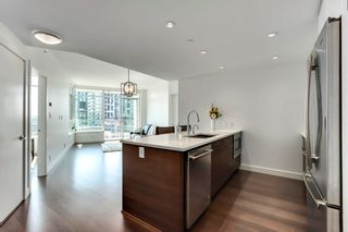 Photo 2: 817 3557 SAWMILL Crescent in Vancouver: South Marine Condo for sale (Vancouver East)  : MLS®# R2601892
