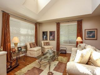 """Photo 2: 12 16995 64TH Avenue in Surrey: Cloverdale BC Townhouse for sale in """"The Lexington"""" (Cloverdale)  : MLS®# F1314303"""