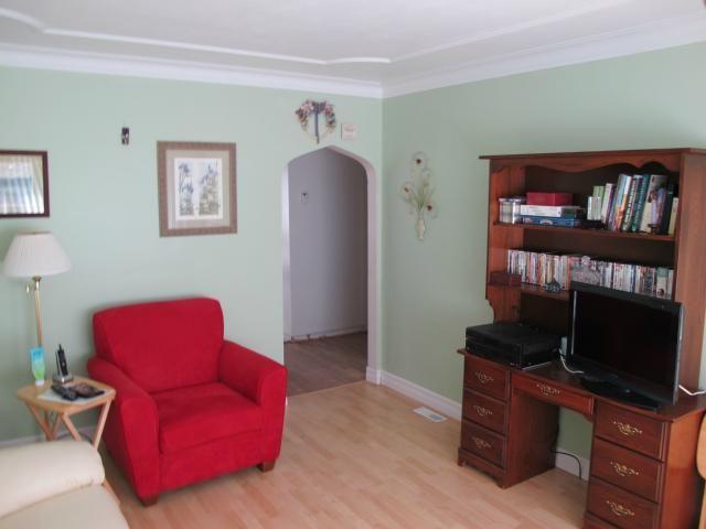 Photo 11: Photos:  in WINNIPEG: East Kildonan Residential for sale (North East Winnipeg)  : MLS®# 1112195