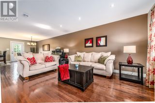 Photo 8: 2 Fred W Brown Drive in Paradise: House for sale : MLS®# 1236242