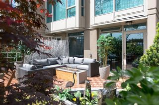 """Photo 2: 106 1338 HOMER Street in Vancouver: Yaletown Condo for sale in """"GOVERNOR'S VILLA"""" (Vancouver West)  : MLS®# V1065640"""
