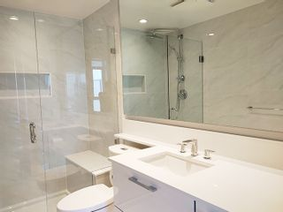 """Photo 13: 2806 6700 DUNBLANE Avenue in Burnaby: Metrotown Condo for sale in """"Vittorio"""" (Burnaby South)  : MLS®# R2545720"""