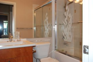 Photo 15: 108 7089 MONT ROYAL SQUARE in Vancouver: Champlain Heights Condo for sale (Vancouver East)  : MLS®# R2477849