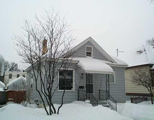 Main Photo: 66 HART Avenue in Winnipeg: East Kildonan Single Family Detached for sale (North East Winnipeg)  : MLS®# 2501060