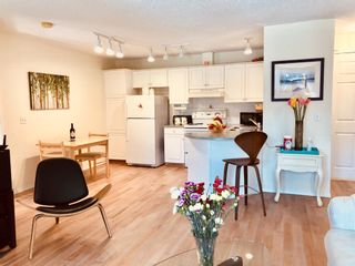 Photo 11: 302 10 Sierra Morena Mews SW in Calgary: Signal Hill Apartment for sale : MLS®# A1057914
