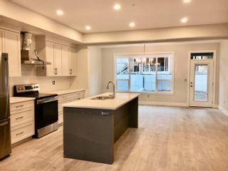 "Photo 7: A 50230 LUNA Place in Chilliwack: Eastern Hillsides 1/2 Duplex for sale in ""Cascade"" : MLS®# R2601752"