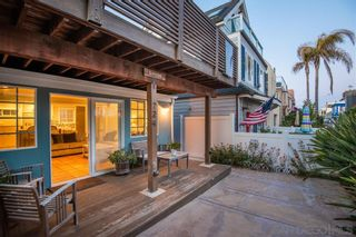 Photo 10: MISSION BEACH House for sale : 2 bedrooms : 724 Windemere Ct in San Diego