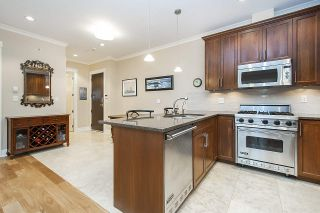 Photo 5: PH6 6688 ROYAL AVENUE in West Vancouver: Horseshoe Bay WV Condo for sale : MLS®# R2449478