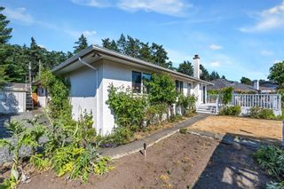 Photo 24: 4806 Cordova Bay Rd in : SE Sunnymead House for sale (Saanich East)  : MLS®# 879869