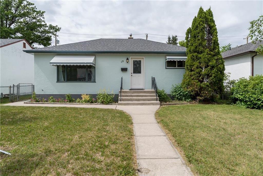 Main Photo: 19 Avondale Road in Winnipeg: Residential for sale (2D)  : MLS®# 202115244