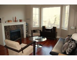 """Photo 2: 906 W 13TH Avenue in Vancouver: Fairview VW Townhouse for sale in """"THE BROWNSTONE"""" (Vancouver West)  : MLS®# V812417"""
