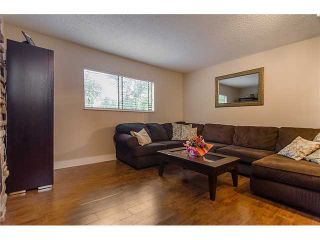 Photo 12: 241 BALMORAL Place in Port Moody: North Shore Pt Moody Townhouse for sale : MLS®# V1021007