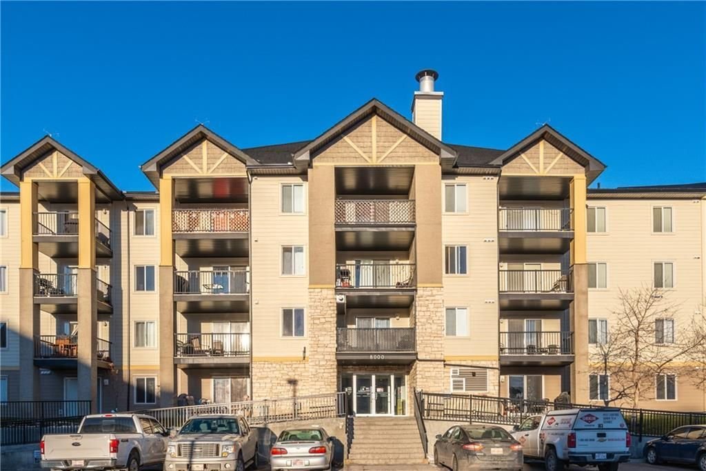 Main Photo: 8427 304 MACKENZIE Way SW: Airdrie Apartment for sale : MLS®# C4285235