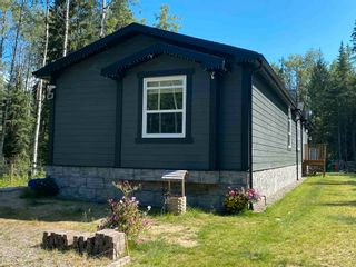 Photo 2: 2221 PROGRESS Road in Prince George: Old Summit Lake Road Manufactured Home for sale (PG City North (Zone 73))  : MLS®# R2603250