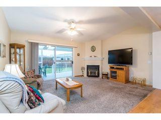 Photo 3: 5521 SPINNAKER Bay in Delta: Neilsen Grove House for sale (Ladner)  : MLS®# R2425316