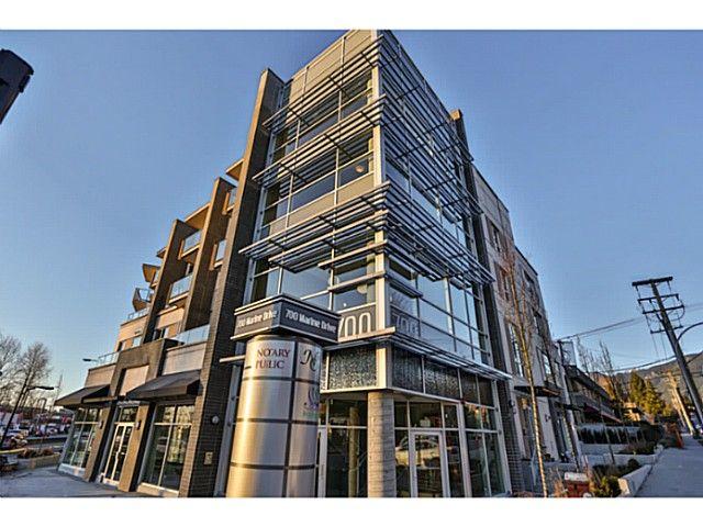 Main Photo: # 303 317 BEWICKE AV in North Vancouver: Hamilton Condo for sale : MLS®# V1105292