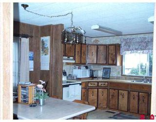 """Photo 8: 3665 244 Street in Langley: Otter District Manufactured Home for sale in """"Langley Grove Estates"""" : MLS®# F2624909"""