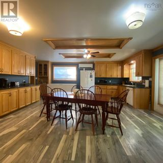 Photo 4: 55 Lake Shore Drive in West Clifford: Agriculture for sale : MLS®# 202122023
