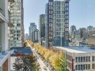 Photo 9: 705 565 SMITHE STREET in Vancouver: Downtown VW Condo for sale (Vancouver West)  : MLS®# R2116160