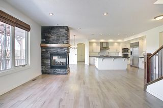 Photo 11: 8128 9 Avenue SW in Calgary: West Springs Detached for sale : MLS®# A1097942