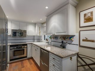 Photo 11: 801 1520 HARWOOD Street in Vancouver: West End VW Condo  (Vancouver West)  : MLS®# V1128758