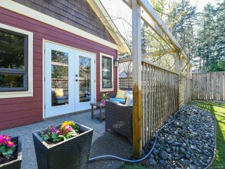 Photo 8: 355 Gardener Way in COMOX: CV Comox (Town of) House for sale (Comox Valley)  : MLS®# 838390