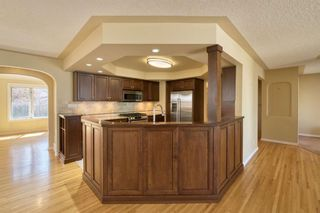 Photo 6: 7 Laneham Place SW in Calgary: North Glenmore Park Detached for sale : MLS®# A1097767