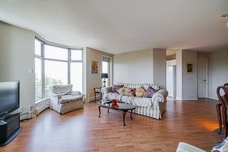"""Photo 7: 1704 6188 PATTERSON Avenue in Burnaby: Metrotown Condo for sale in """"THE WIMBLEDON CLUB"""" (Burnaby South)  : MLS®# R2341545"""