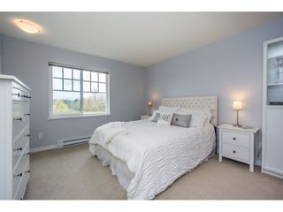 """Photo 15: 29 7348 192A Street in Surrey: Clayton Townhouse for sale in """"KNOLL"""" (Cloverdale)  : MLS®# R2100278"""