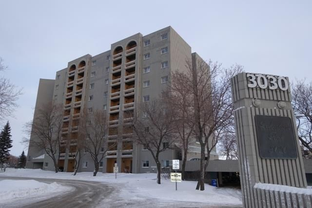 Main Photo: 401 3030 Pembina Highway in Winnipeg: Fort Richmond Condominium for sale (1K)  : MLS®# 202102205