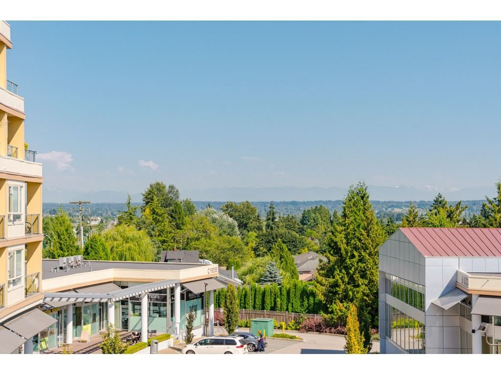 """Photo 22: Photos: 315 19228 64 Avenue in Surrey: Clayton Condo for sale in """"FOCAL POINT"""" (Cloverdale)  : MLS®# R2481765"""