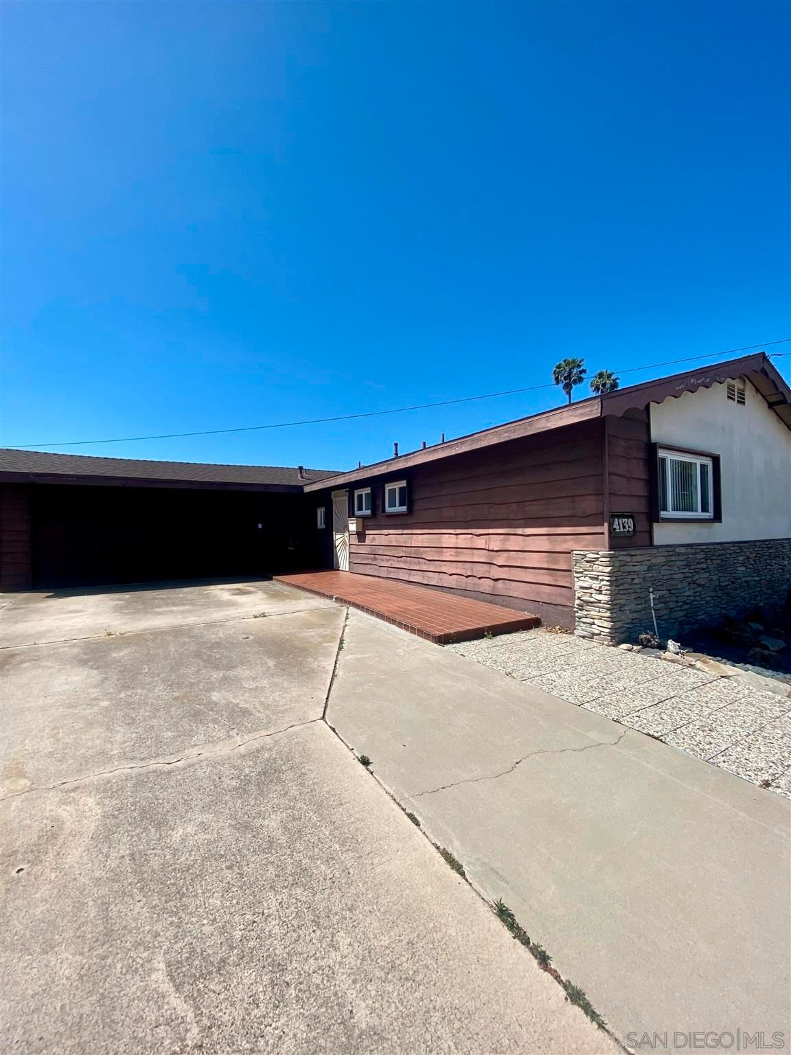 Main Photo: CLAIREMONT House for sale : 4 bedrooms : 4139 Mount Herbert in San Diego
