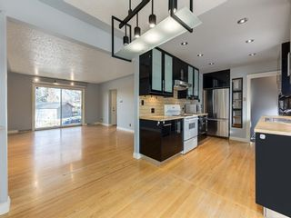 Photo 13: 68 Cawder Drive NW in Calgary: Collingwood Detached for sale : MLS®# A1053492