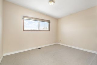 Photo 11: 4904 Nesbitt Road NW in Calgary: North Haven Semi Detached for sale : MLS®# A1065106