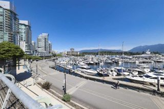"""Photo 18: 2106 1331 W GEORGIA Street in Vancouver: Coal Harbour Condo for sale in """"THE POINTE"""" (Vancouver West)  : MLS®# R2555682"""