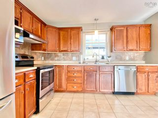Photo 2: 1209 New Road in Aylesford: 404-Kings County Residential for sale (Annapolis Valley)  : MLS®# 202123778