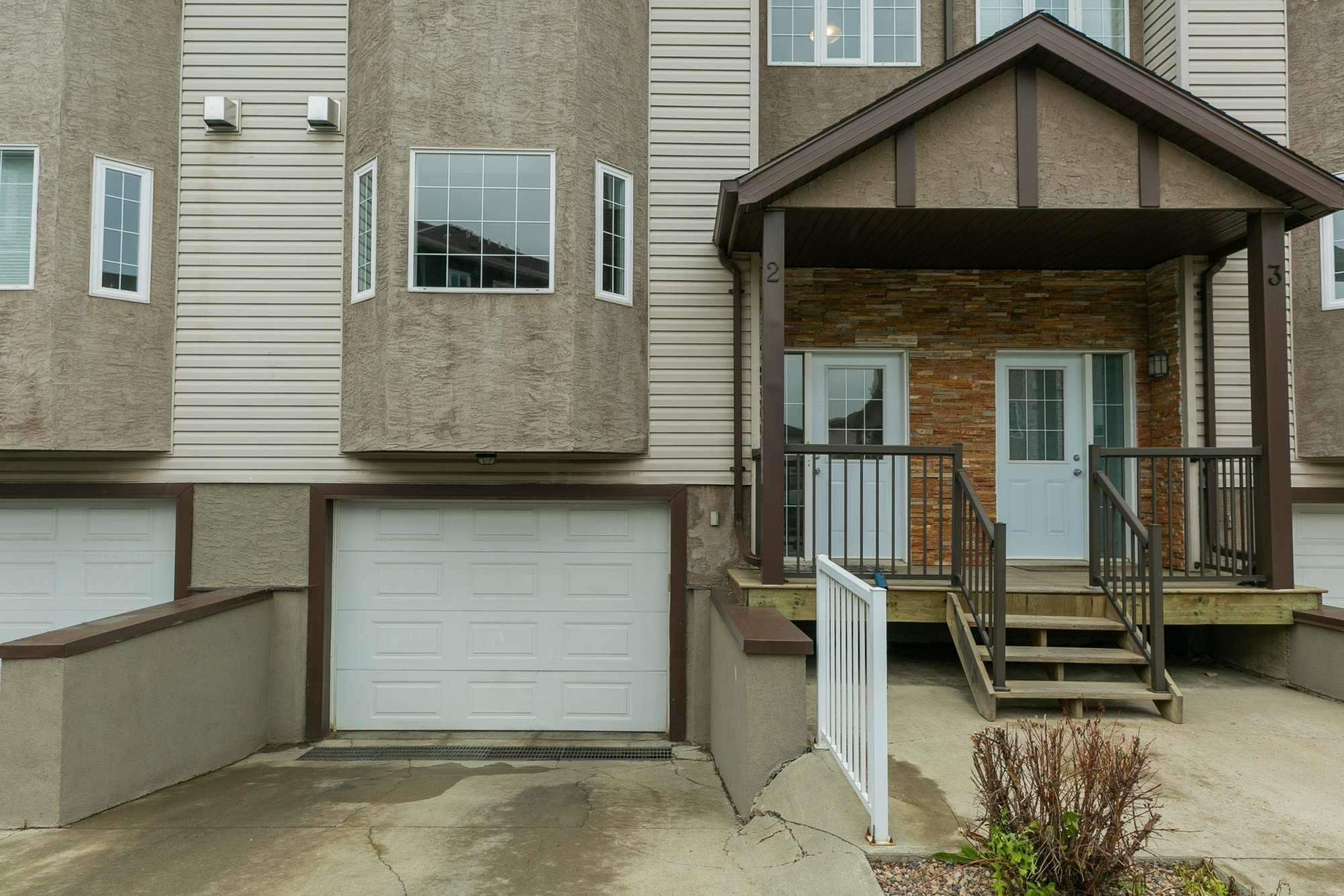 Main Photo: 2 17839 99 Street NW in Edmonton: Zone 27 Townhouse for sale : MLS®# E4256116