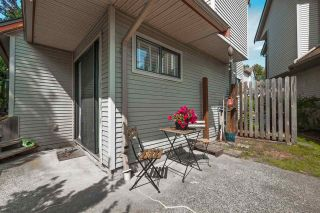 """Photo 20: 6 98 BEGIN Street in Coquitlam: Maillardville Townhouse for sale in """"Le Parc"""" : MLS®# R2390073"""