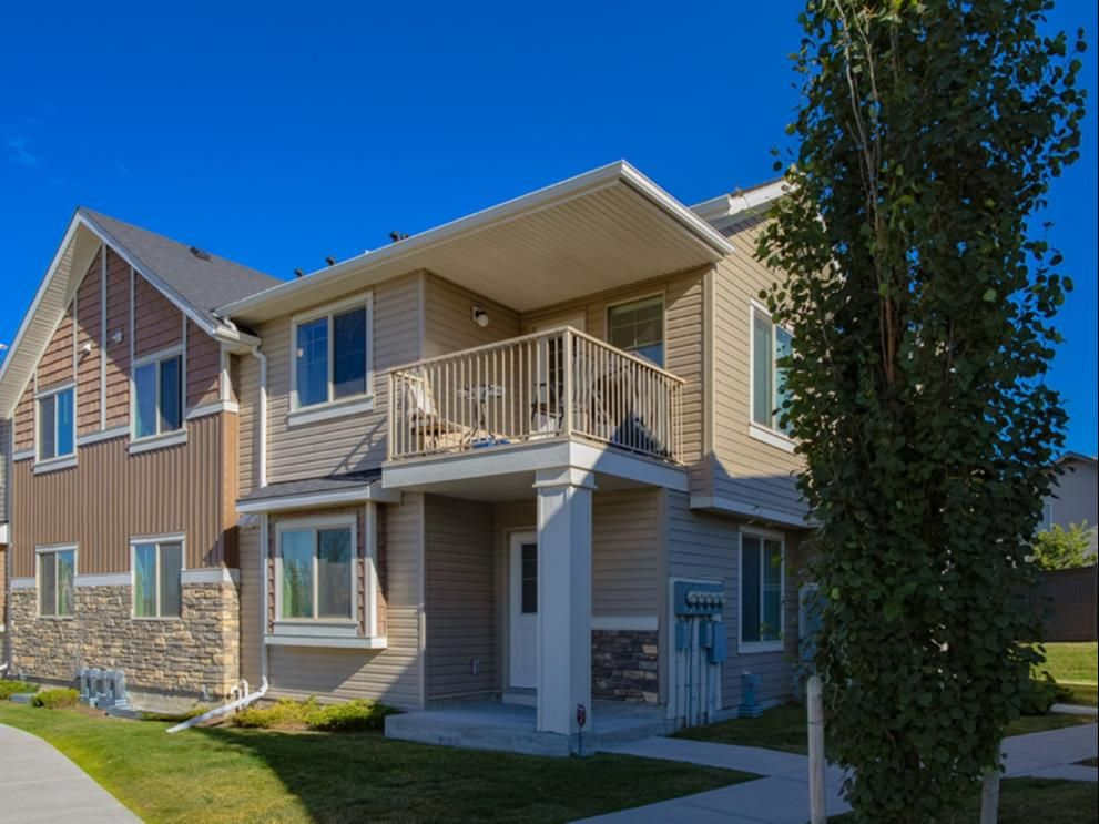 Main Photo: 501 250 Sage Valley Road NW in Calgary: Sage Hill Row/Townhouse for sale : MLS®# A1080954