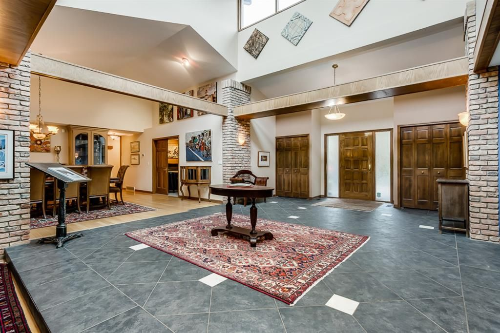 Photo 4: Photos: 831 PROSPECT Avenue SW in Calgary: Upper Mount Royal Detached for sale : MLS®# A1108724