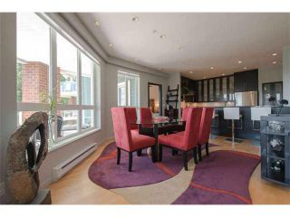 "Photo 7: 301 14 E ROYAL Avenue in New Westminster: Fraserview NW Condo for sale in ""VICTORIA HILL"" : MLS®# V1106589"