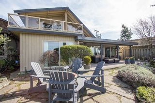 "Photo 2: 2774 O'HARA Lane in Surrey: Crescent Bch Ocean Pk. House for sale in ""Crescent Beach Waterfront"" (South Surrey White Rock)  : MLS®# R2265834"