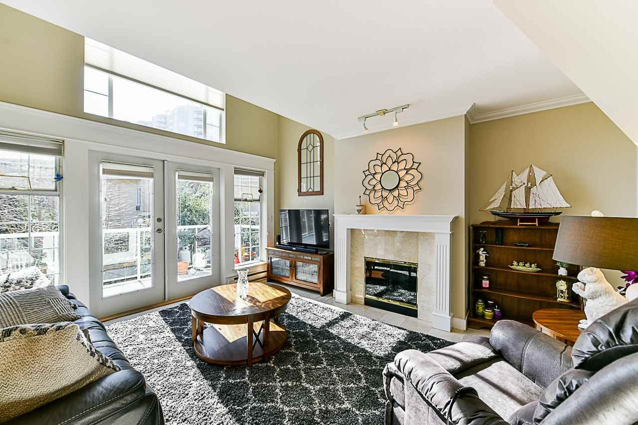 Photo 8: Photos: 213 25 RICHMOND STREET in New Westminster: Fraserview NW Condo for sale : MLS®# R2357441